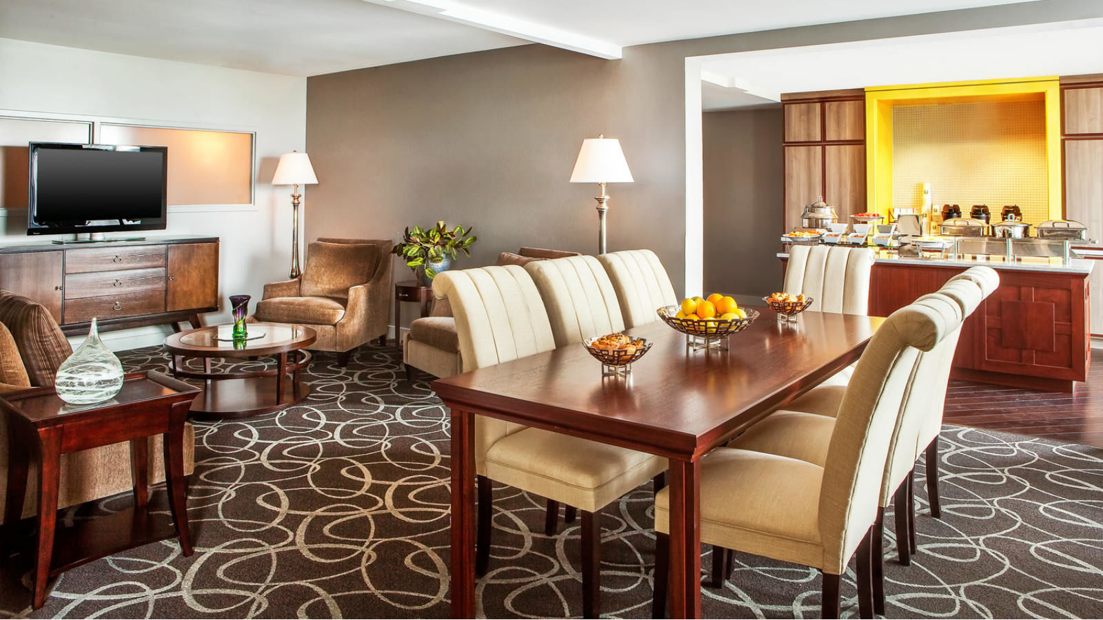 Hotel Renovation | Sheraton Harrisburg Hershey Hotel Club Lounge